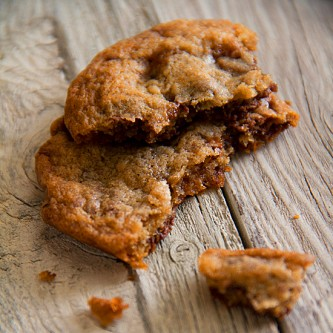 Milk Chocolate Toffee Cookies - SippitySup