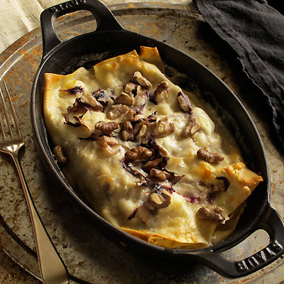 Cannelloni with radicchio and walnuts