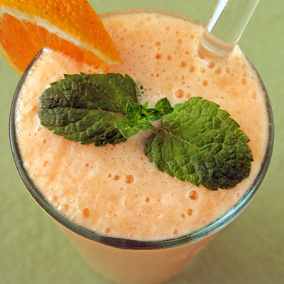 cataloupe lassi smoothie