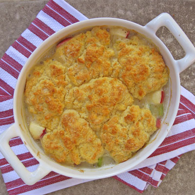 Turkey Apple Pot Pie with Cheddar Biscuit Crust - SippitySup