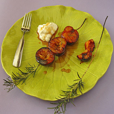 Grilled Plums with Rosemary Balsamic Glaze & Mascarpone - SippitySup