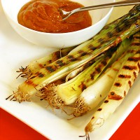 grilled leeks with romesco