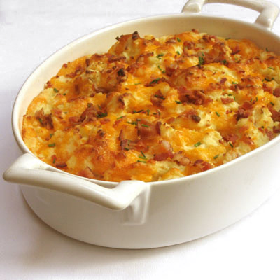 Mashed Potatoes Loaded with Bacon and Cheddar - SippitySup